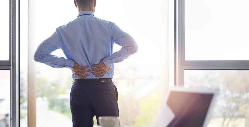 A man deals with sciatic nerve pain